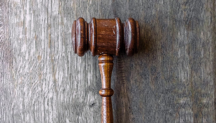 know-the-rules-court-hammer